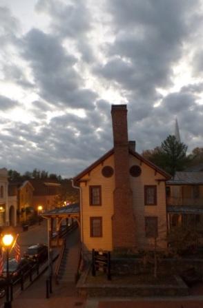 Historic Chester Inn at dusk.