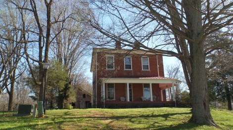 """Built in 1854, by the Holston Association of Baptist Churches, this building housed the Holston Baptist Female Institute, Tadlock's School for Boys and the Holston Male Institute. In 1876, Yardley Warner purchased the building and established Warner Institute to educate """"colored persons and train colored teachers."""""""