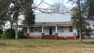Called Buckhorn, this home was built around 1800 by James Stuart and became one of the first inns in the area. It was later purchased by Judge T. A. R. Nelson.