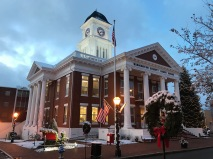 The Washington County Courthouse at Christmas time