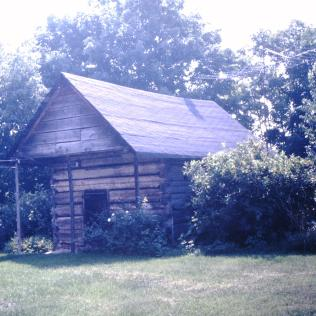 Bean Cabin at Valentine Devault house, Piney Flats