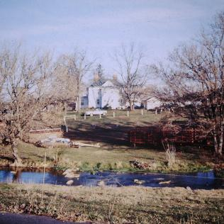 Broylesville: Farmhouse