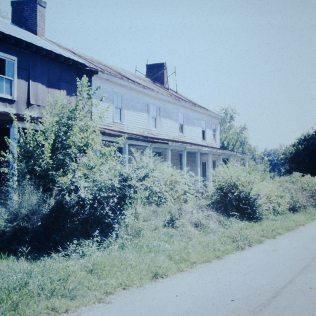 Broylesville: Inn