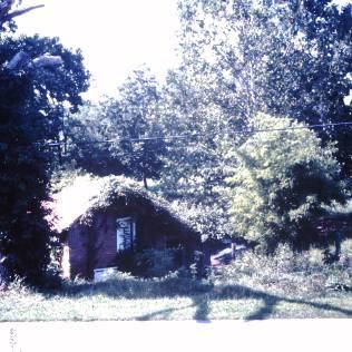 Devault, Frederick: Spring house, Leesburg community