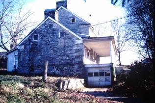 Gillespie, George house, Limestone