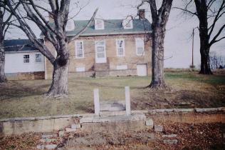 Lyle-Barton house, McKinley Road, Johnson City